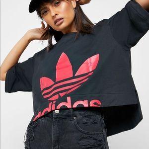 ❤️ MAKE OFFER NWOT Adidas crop tee